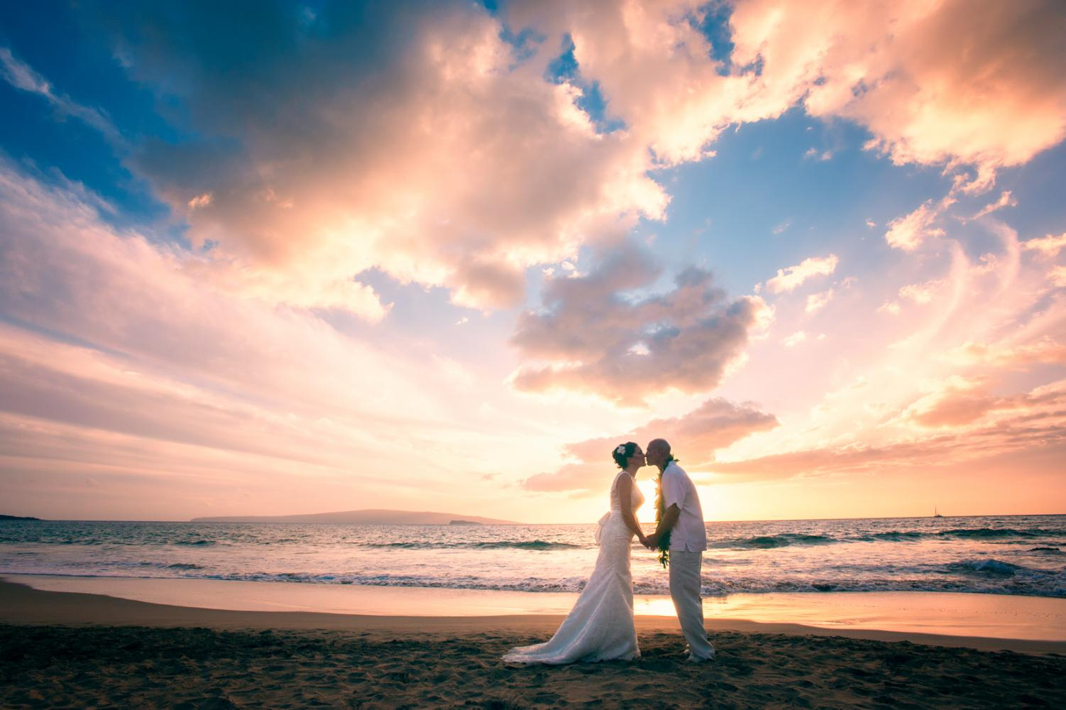Maui Hawaii Beach Wedding Photographer, マウイカメラマン、写真家、Maui Photography, Poolenelena Beach
